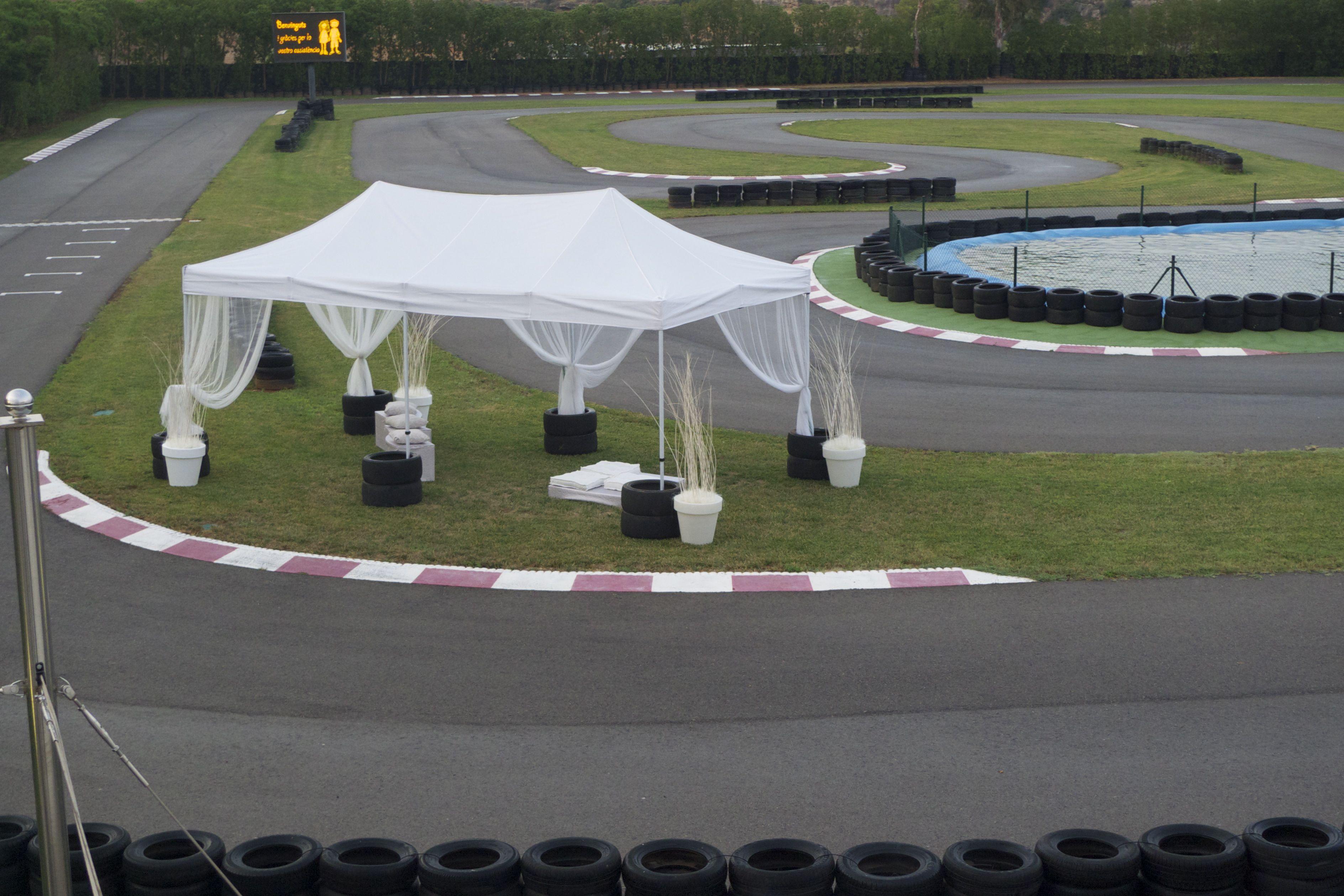 fiesta en pista racing